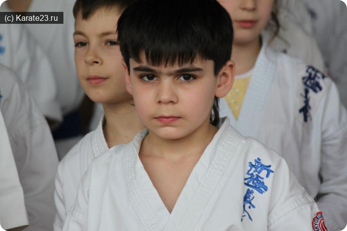 Блог тренера по каратэ с 3х лет в Анапе и Анапской. Авакян Рафаэл Араикович: Блог им. Avakyan: Авакян Рафаэл. Начало пути.